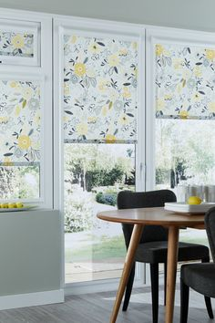 Bring an element of the outside into your home with our Betsy Mustard Roller blind. Featuring a graphic flower and dragonfly design in grey and mustard it's the perfect addition for contemporary design schemes. Grey Kitchen Blinds, Roller Blinds Kitchen, Yellow Roller Blinds, Blinds For Windows, Window Blinds, Made To Measure Blinds, Yellow Interior, Old Cabinets, Grey Kitchens