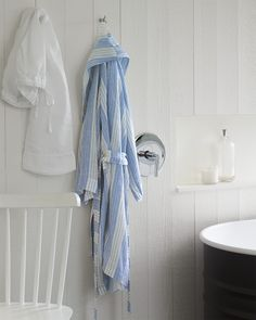 Porto Linen Robe Made in Portugal, this kimono style robe is both cozy and stylish. Cottage Bedroom Decor, Coastal Bathroom Decor, Coastal Decor, Coastal Curtains, Coastal Bedding, Coastal Lighting, Coastal Living Rooms, Coastal Cottage, Coastal Style