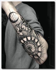 Forearm Tattoos Ideas - Forearm Tattoos Designs with Meaning - Tattoo Ideen - Tatoo Ideen Cool Forearm Tattoos, Forearm Tattoo Design, Henna Tattoo Designs, Cool Tattoos, Geometric Tattoo Forearm, Outer Forearm Tattoo, Geometric Tattoo Flash, Geometric Symbols, Geometric Sleeve