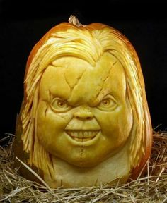 Carved pumpkin by Ray Villafane - #awesome
