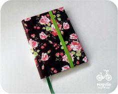 caderno+rosas+fundo+marrom  http://magreladesign.blogspot.com.br/