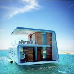 Floating home in Dubai.