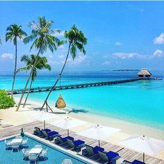 Maldives  Pic via ✨@luxuryresorts✨ . #beachesnresorts for a feature