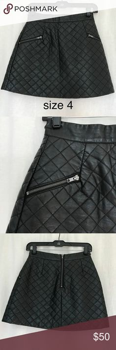 TOPSHOP skirt Size 4, faux leather, great condition. Topshop Skirts Mini