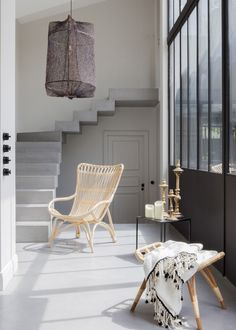 Decorative visit: A house with a minimalist, ethnic and warm decoration in Bordeaux (France) - www. Home Interior, Interior Architecture, Interior And Exterior, Interior Decorating, Interior Design, Living Room Inspiration, Interior Inspiration, Gravity Home, French Country Living Room