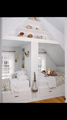 Shared alcove beds from Homedit.com FB page