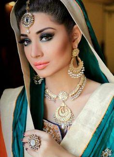 49 Ideas Fashion Show Invitation Wedding Dresses Indian Bridal Makeup, Asian Bridal, Bridal Beauty, Pakistani Wedding Dresses, Pakistani Bridal, Indian Dresses, Pakistani Mehndi, Bridal Dresses, Pakistani Jewelry
