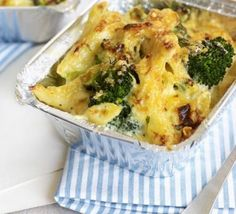 Cheesy Broccoli Pasta Bake: A versatile pasta bake is a midweek staple and this recipe can even be made ahead and frozen for extra convenience Baked Pasta Recipes, Veggie Recipes, Healthy Dinner Recipes, Vegetarian Recipes, Cheese Recipes, Bbc Good Food Recipes, Baking Recipes, Bbc Recipes, Yummy Food