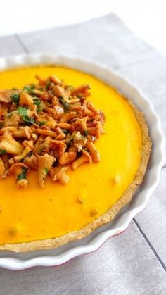 Pumpkin pie, hazelnuts, ricotta and fried chanterelles – Recipe ideas with pumpkin – Pumpkin available in 20 recipes Fall Soup Recipes, Pumpkin Recipes, Veggie Recipes, Vegetarian Recipes, Healthy Recipes, Healthy Cooking, Vegetarian Appetizers, Appetizer Recipes, Fall Appetizers