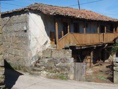 Casa con Balcón, Santiago de Rubiás. Ourense