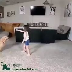 This girl playing with her dog is the best thing I've seen today 💕 - Animales - Animals Cute Funny Dogs, Cute Funny Animals, Cute Baby Animals, Animals And Pets, Funny Kids, Funny Animal Memes, Funny Animal Pictures, Cute Animal Videos, Pet Grooming