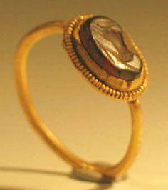 Roman Gold Intaglio Ring,2nd century AD