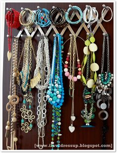 Jewerly accessories organizer Ideas for 2019 Fashion Room, Diy Fashion, Runway Fashion, Fashion 2018 Casual, Winter Fashion Boots, Jewelry Organization, Jewelry Storage, Diy Accessories, Holidays And Events