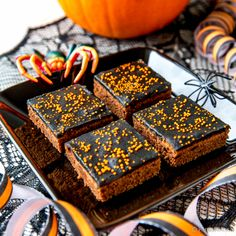 Halloween Desserts, Slow Food, Baby Halloween, Toffee, Deserts, Cupcakes, Yummy Food, Candy, Baking
