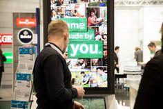 https://flic.kr/p/SNoL66   kompas im Einsatz: EuroShop 2017   Digital Signage im Retail: Bosch Experience Zone – kompas POS.pointer integriert interaktives Digital Signage im Shopbau - Interaktives Digital Signage für Shopping-Malls – dimedis stellt neue touchfähige Mietstelen vor – Vorträge im Rahmenprogramm
