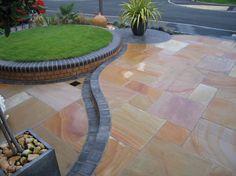 Front garden raised dais effect with granite sett edging and Indian sandstone paving. Sandstone Paving, Outside Furniture, Planting Plan, Backyard, Patio, Modern Landscaping, Small Gardens, Topiary, Beautiful Images