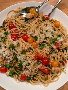 Spaghetti with Chicken, Herbs and Cherry Tomatoes