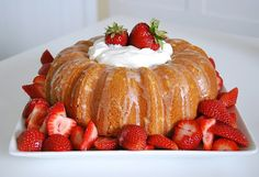I'm dying to make this strawberry almond cake for dessert.