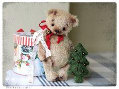 Artist Teddy Bear whith Christmas tree New Year OOAK by zverrriki, £80.00