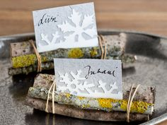 Beautiful and EASY way to make place tags (or why not food tags for buffet).