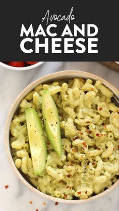 With just 8 ingredients and 30 minutes you can have yourself a delicious vegan dinner ready for the family Try our avocado mac and cheese recipe for a healthy twist on classic mac vegan macandcheese vegetarian glutenfree healthyrecipe recipevideo Avocado Mac And Cheese, Avocado Toast, Mac Cheese, Healthy Meal Prep, Healthy Dinner Recipes, Keto Recipes, Free Recipes, Paleo Food, Dinner Recipes With Avocado