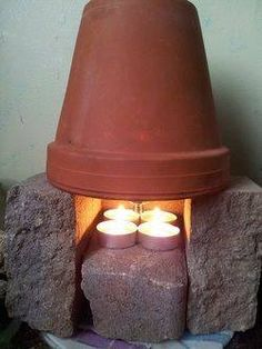 Terra-cotta space heater for a small room. Several ways to provide heat for an entire room. Going to keep a supply of pots and candles on hand to warm each room just in case the power goes out this winter! Camping Survival, Emergency Preparedness, Survival Tips, Survival Skills, Camping Hacks, Homestead Survival, Camping Ideas, Tent Camping, Camping Supplies