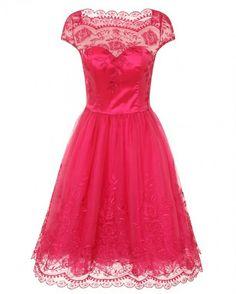 Короткое кружевное вечернее платье розового цвета. Длина по коленочку. Платье на выпускной. Платье подружки невесты