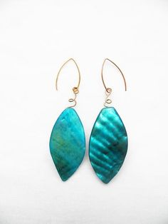 These teal mother of pearl earrings are simply stunning! Take these on vacation with you!