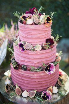 French castle wedding: three levels of lemon-raspberry-red-velvet cake . - French castle wedding: three levels of lemon-raspberry-red-velvet cake … – WEDDING CAKES – - Unusual Wedding Cakes, Pretty Wedding Cakes, Floral Wedding Cakes, White Wedding Cakes, Wedding Cake Designs, Wedding Flowers, Cake Wedding, Red Velvet Wedding Cake, Berry Wedding Cake