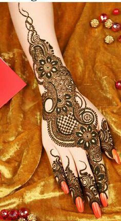 Best and simple Indian mehndi designs,pakistani Mehandi designs. Kashee's Mehndi Designs, Cute Henna Designs, Henna Tattoo Designs Simple, Mehndi Design Photos, Wedding Mehndi Designs, Beautiful Mehndi Design, Mehndi Designs For Hands, Mehndi Images, Rangoli Designs