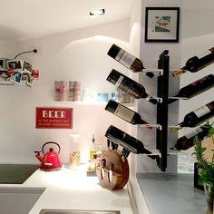 #kitchen #wineshelf ##blackandwhite #beer #fornituredesign #arredamento #madeinitaly #wine #bottle #cucina