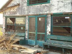 Old Crump's Store in Mt. Sterling KY by Lizette Fitzpatrick, www.lizette.us