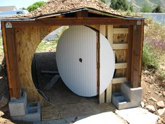 How to build a hobbit door... work in progress... Build A Playhouse, Hobbit Playhouse, Natural Homes, Round Door, Earth Homes, Building A Shed, Earthship, Tiny House Plans, Diy Door