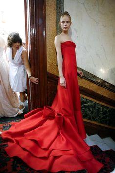 La Historia del Rojo Valentino....