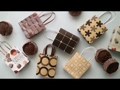 Origami Paper Art, Origami Box, Handmade Crafts, Diy And Crafts, Paper Crafts, Miniature Crafts, Miniature Dolls, Lps Diy Accessories, Barbie Miniatures
