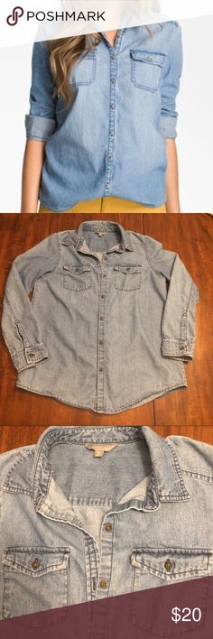 Rubbish Chambray Boyfriend Shirt Nordstrom M Cute chambray button down blouse. Perfect staple piece for your closet. Ideal for a capsule wardrobe. Gently used condition Rubbish Tops Button Down Shirts