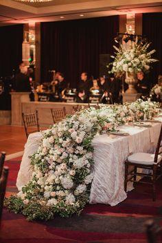 Elegant Texas Wedding with a Glam Modern Touch - MODwedding