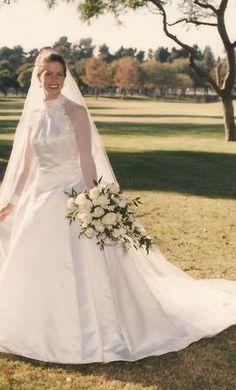 Amazing Please share Enzoani Jodie dress Weddingbee Page