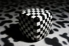 Rubik's Illusion