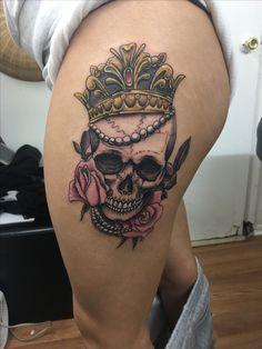 Skull Tattoo done on my left thigh! Mother Daughter Tattoos, Tattoos For Daughters, Badass Tattoos, Tatoos, Piercings, Tattoo Ideas, Iskra Lawrence, Ely, Skulls