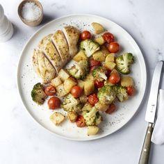 Ovenschotel met kip, knoflook, honing en groentjes