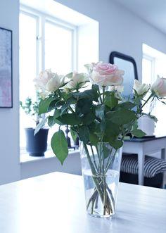 Vas och rosor