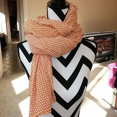 """Scarf Gorgeous boutique purchase. Orange and white. Perfect pop of color for an outfit. 100% cotton. Heavier cotton that can hold the 'crinkle' effect. Approx 71"""" x 40"""" boutique Accessories Scarves & Wraps"""
