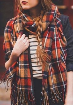want more fall/autumn/halloween on your dash? follow sweatersscarvesandsweets