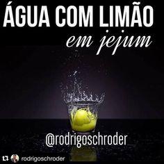 Só coisa boa! #Repost @rodrigoschroder with @repostapp.  ÁGUA COM LIMÃO EM JEJUM : Como muitos me perguntam o porquê de orientar a beber água com suco de 1/2 limão em jejum  vou listar alguns de seus inúmeros benefícios :  1AUMENTA IMUNIDADE : O suco de meio limão em um copo de água é rico em vitamina C que ajuda a impulsionar o sistema imunológico e auxilia o organismo na luta contra gripes e resfriados.  2MELHORA A DIGESTÃO: Como o suco de limão é semelhante em estrutura atômica aos…