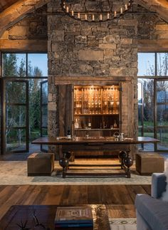15 Distinguished Rustic Home Bar Designs For When You Really Need That Drink – Stylish Home Designs – Diy Rustic Farmhouse Furniture, Rustic Bench, Rustic Wall Decor, Wooden Benches, Rustic Nursery, Rustic Wood, Rustic Design, Rustic Style, Modern Rustic