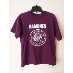 SALE 90's Purple Ramones Presidential Seal T Shirt S, M ($34) ❤ liked on Polyvore featuring tops, t-shirts, purple t shirt, purple tee, purple top and eagles t shirt