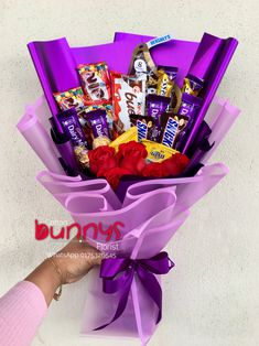 Order or enquiry's please Whatsapp us No : We provide delivery for Penang Kedah Kl Selangor (Selected Area) Candy Bouquet Diy, Food Bouquet, Gift Bouquet, Balloon Flowers, Diy Flowers, Chocolate Flowers Bouquet, Edible Bouquets, Diy Gift Box, Art N Craft