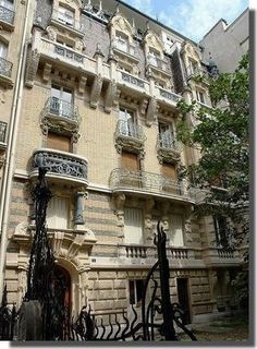 Paris France 3 Square Rapp door art nouveau 1899 1900