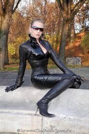 """Résultat de recherche d'images pour """"leather catsuit heike"""""""